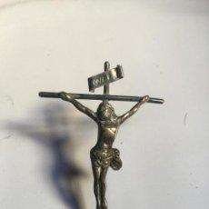 Antigüedades: CRISTO EN LA CRUZ , PIEZA DE PLATA DE LEY CONTRASTADA , ANTIGUA , MINIATURA. Lote 130854624