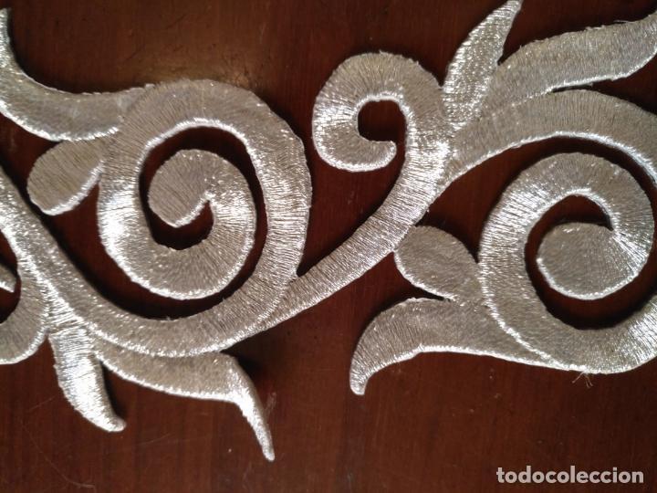 Antigüedades: fajin para virgen de tamaño natural composicion de 3 pieza aplicacion aplique bordado hilo plateado - Foto 14 - 204321331
