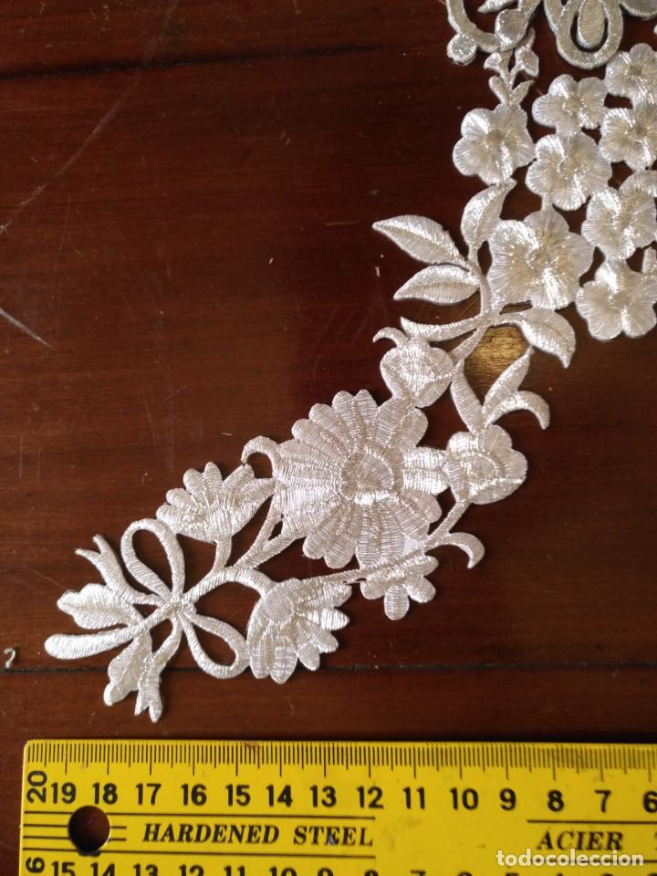 Antigüedades: fajin para virgen de tamaño natural composicion de 5 pieza aplicacion aplique bordado hilo plateado - Foto 6 - 130898644