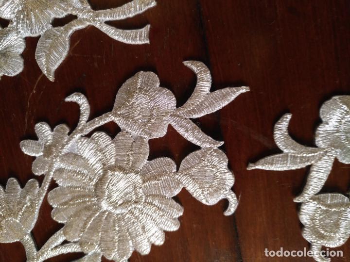 Antigüedades: fajin para virgen de tamaño natural composicion de 5 pieza aplicacion aplique bordado hilo plateado - Foto 11 - 130898644