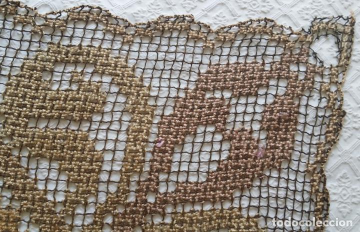 Antigüedades: Antiguo mantel / tapete de red - Foto 5 - 130929892