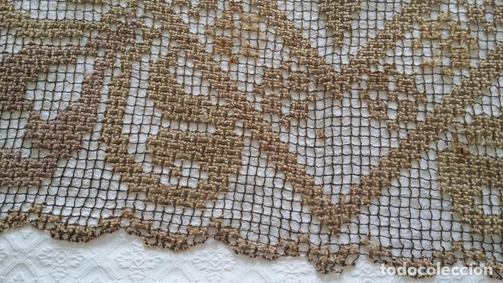 Antigüedades: Antiguo mantel / tapete de red - Foto 10 - 130929892