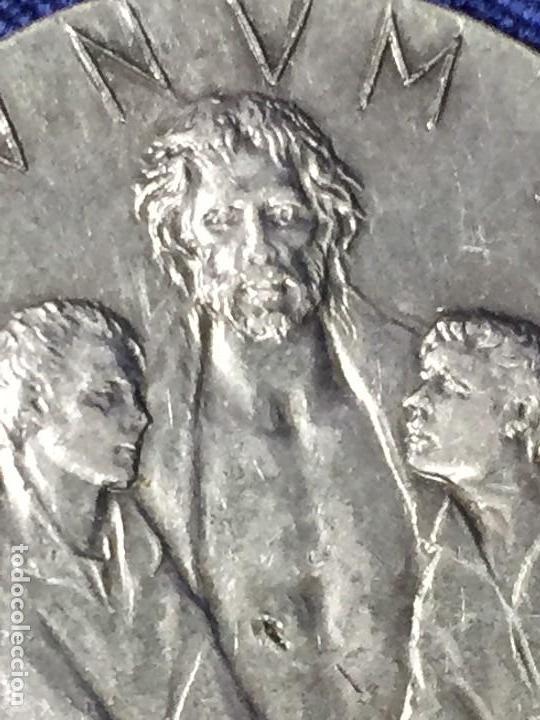 Antigüedades: PRECIOSA MEDALLA ROMA VATICANO AÑO SANTO JUBILEO 1975 UT UNUM SINT 35mm - Foto 5 - 130933604