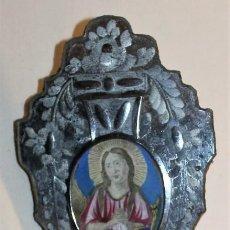 Antigüedades: BENDITERA EN CRISTAL DE LA GRANJA Y PILETA DE OPALINA CON DORADOS A MANO - SIGLO XIX. Lote 130938120