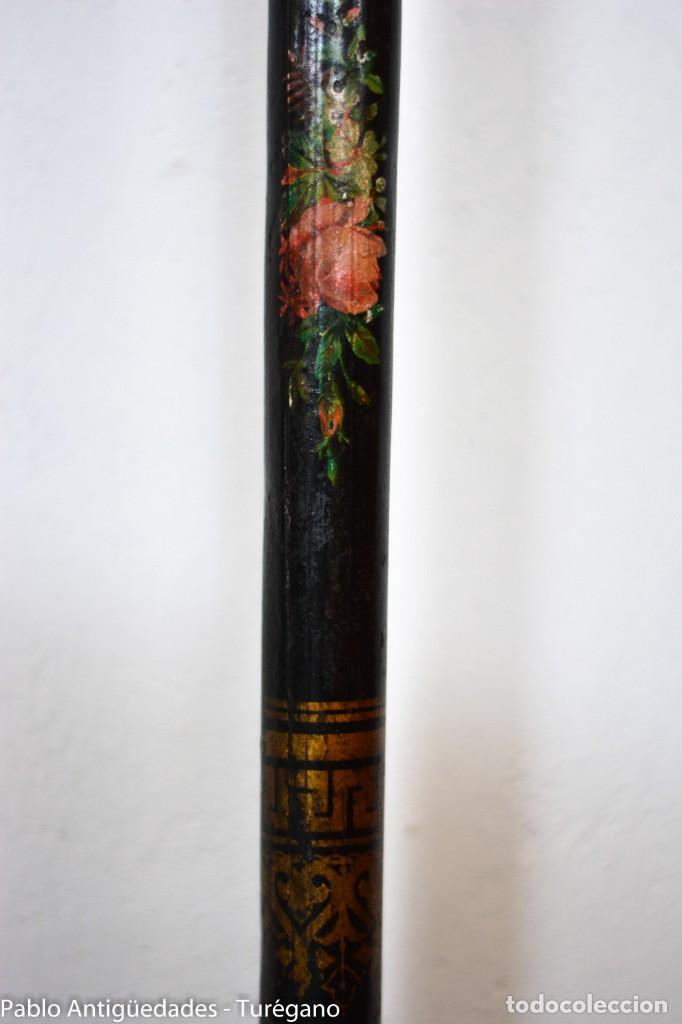 Antigüedades: Cama completa muy antigua de hierro negro - Detalles en bronce y motivos florales - Cabecero 150 cm - Foto 11 - 130975884