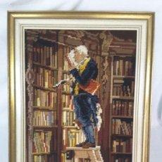 Antigüedades: CUADRO TAPIZ DE BIBLIOTECA.. Lote 130979532