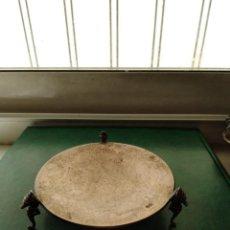 Antigüedades: BANDEJITA DE PLATA CON CABALLITOS DE MAR. Lote 130983460