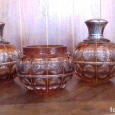 Antigüedades: ANTIGUO JUEGO DE TOCADOR DE CRISTAL TALLADO.. Lote 131049076