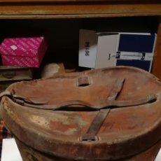 Antigüedades: SOMBRERERO DE PIEL. Lote 131099936