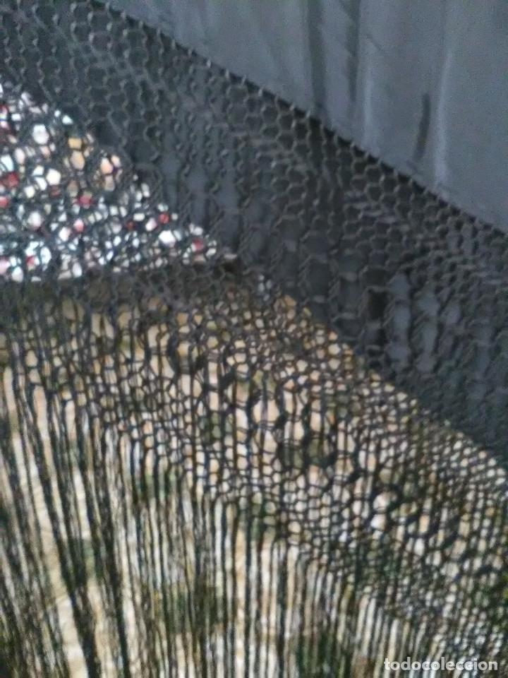 Antigüedades: Manton en seda bordado - Foto 3 - 131164348