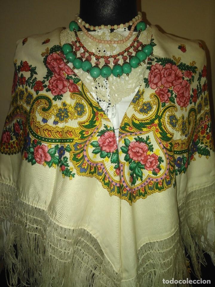 Antigüedades: Mantón de algodón fino estampado con fleco de lana para indumentaria tradicional - Foto 6 - 131310215