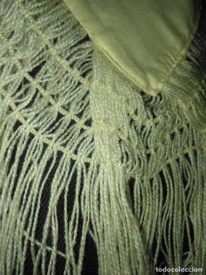 Antigüedades: Mantón de algodón fino estampado con fleco de lana para indumentaria tradicional - Foto 9 - 131310215