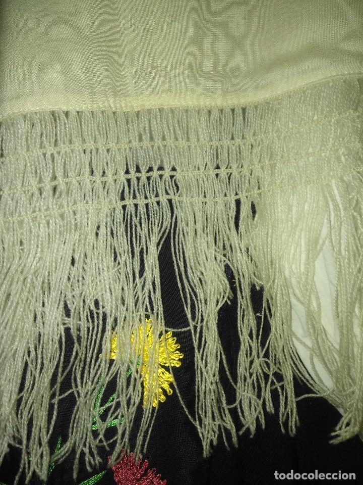 Antigüedades: Mantón de algodón fino estampado con fleco de lana para indumentaria tradicional - Foto 10 - 131310215