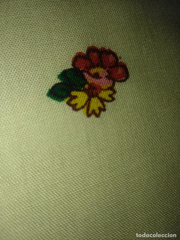 Antigüedades: Mantón de algodón fino estampado con fleco de lana para indumentaria tradicional - Foto 15 - 131310215