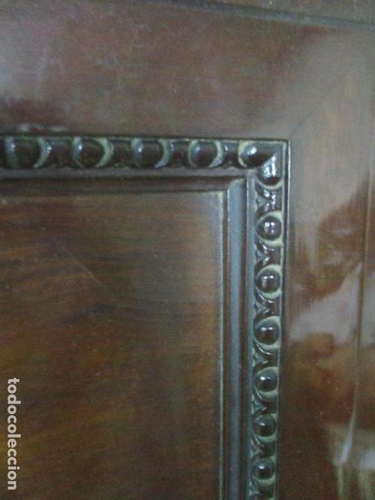 Antigüedades: Pareja de Vitrinas Rinconeras, Escritorio - Madera de Caoba - Espejos Decorados - Principios S. XX - Foto 14 - 131315982