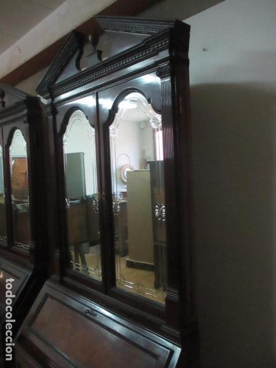 Antigüedades: Pareja de Vitrinas Rinconeras, Escritorio - Madera de Caoba - Espejos Decorados - Principios S. XX - Foto 21 - 131315982