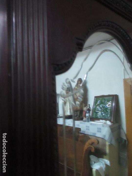 Antigüedades: Pareja de Vitrinas Rinconeras, Escritorio - Madera de Caoba - Espejos Decorados - Principios S. XX - Foto 27 - 131315982