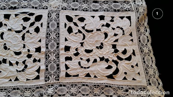 Antigüedades: Dos antiguos manteles bordados - modernistas - Foto 7 - 131324158