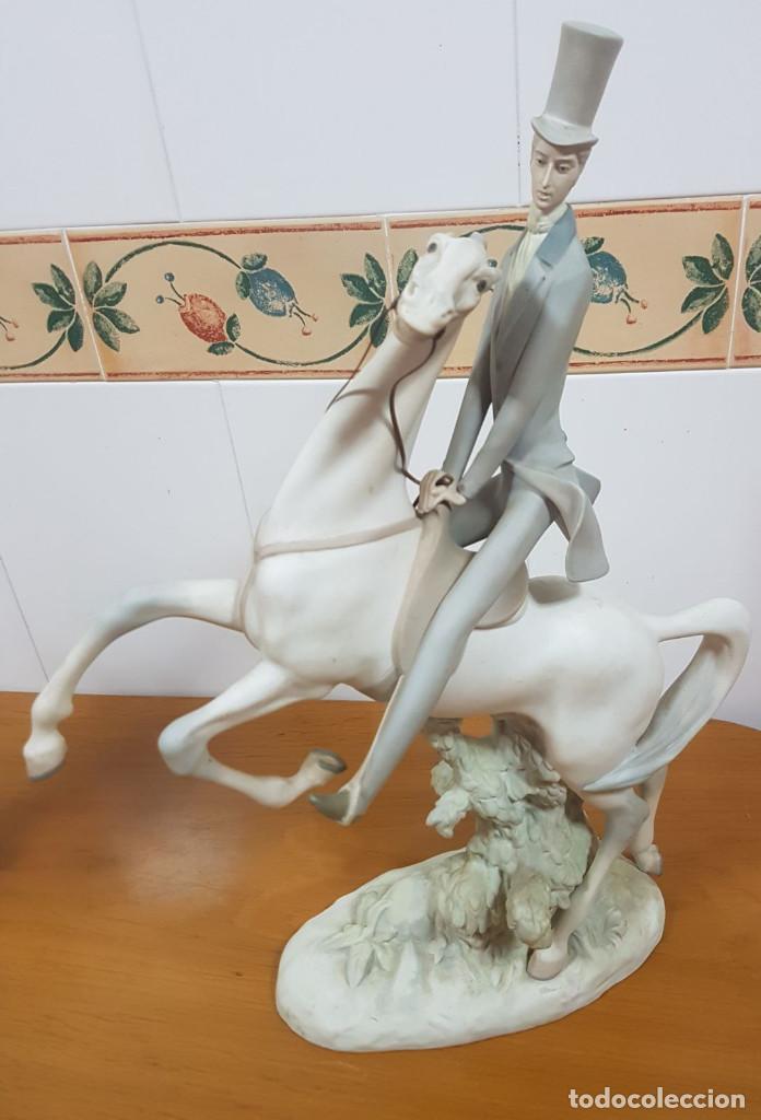 NAO DE LLADRÓ. PRECIOSA FIGURA ANTIGUA DE PORCELANA. (Antigüedades - Hogar y Decoración - Figuras Antiguas)