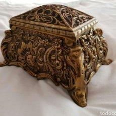 Antigüedades: COFRE JOYERO BRONCE MACIZO. Lote 131349141
