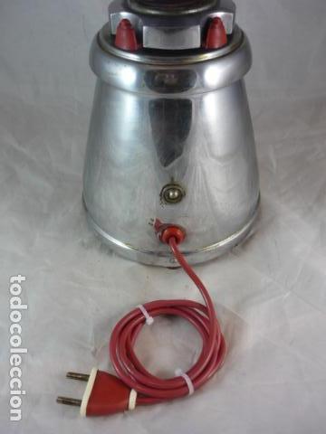 Antigüedades: Batidora Berrens 125V - Tipo AC - Nº892 - Funciona - Foto 5 - 131388702