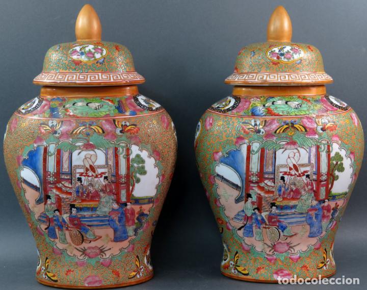 PAREJA DE JARRONES CHINO EN PORCELANA DE CANTÓN SIGLO XX (Antigüedades - Porcelanas y Cerámicas - China)