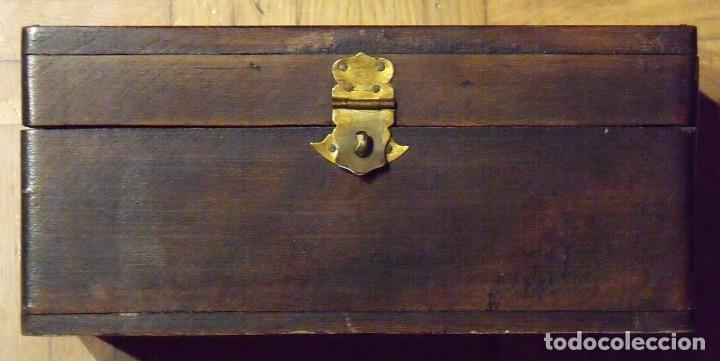 Antigüedades: CAJA DE MADERA DE ZAPATOS CON HERRAJES ORIGINALES. 15X29X10 CM. MI ZAPATO. FINALES SIGLO XiX. - Foto 3 - 131533782