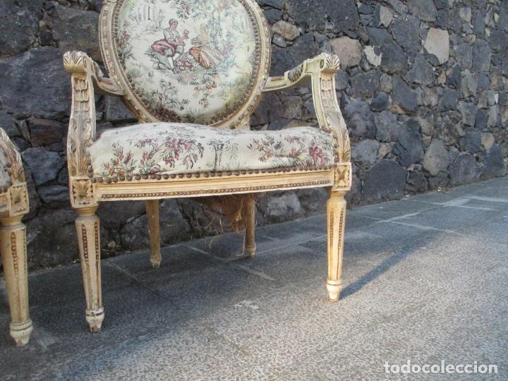 Antigüedades: Pareja de Sillones - Sillón - Madera Tallada y Lacada - Estilo Luis XV, Francia - Tapicería Original - Foto 11 - 131557346