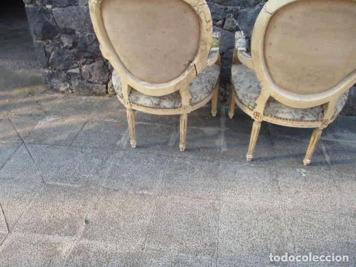 Antigüedades: Pareja de Sillones - Sillón - Madera Tallada y Lacada - Estilo Luis XV, Francia - Tapicería Original - Foto 14 - 131557346