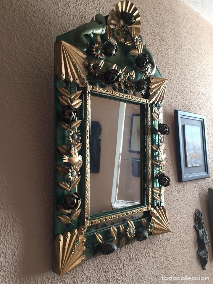 Antigüedades: Espejo peruano hecho a mano 80x51 - Foto 2 - 131662194