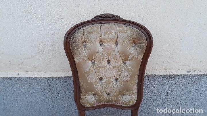 Antigüedades: Pareja de sillas antiguas capitoné estilo Luis XV. Dos sillas antiguas isabelina retro vintage - Foto 4 - 131664286