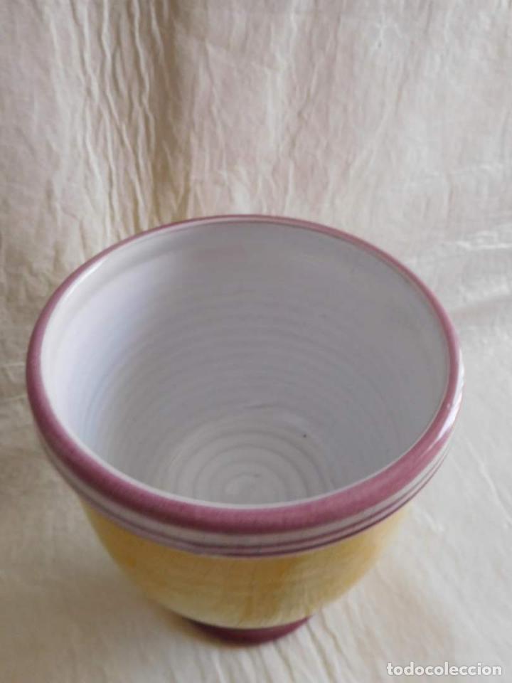 Antigüedades: M69 Antiguo frasco albarelo de farmacia en porcelana con tapadera de Camptotheca Acuminata. Firmado. - Foto 5 - 131732410