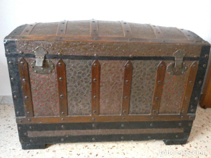 BAÚL MADERA I METAL (Antigüedades - Muebles Antiguos - Baúles Antiguos)