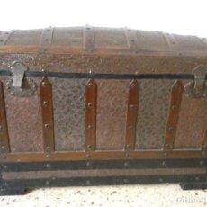 Antigüedades: BAÚL MADERA I METAL. Lote 131737194