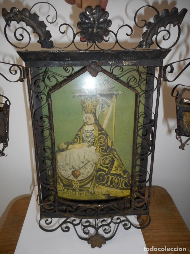Antigüedades: Ventana o verja con faroles con la Virgen de las Angustias - Foto 2 - 131783594