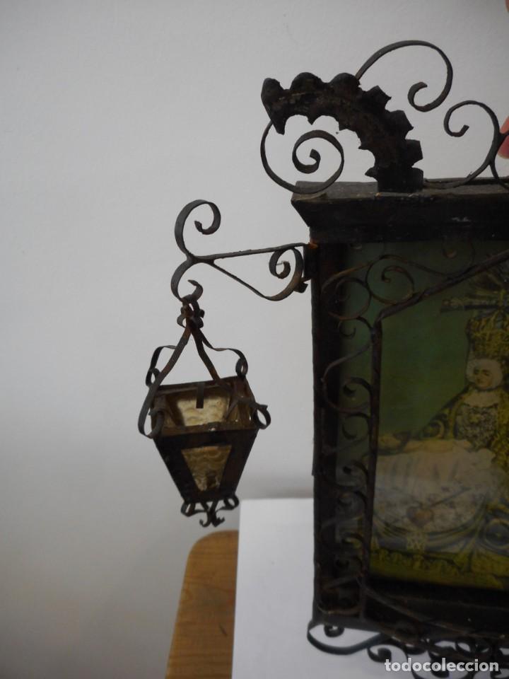 Antigüedades: Ventana o verja con faroles con la Virgen de las Angustias - Foto 4 - 131783594