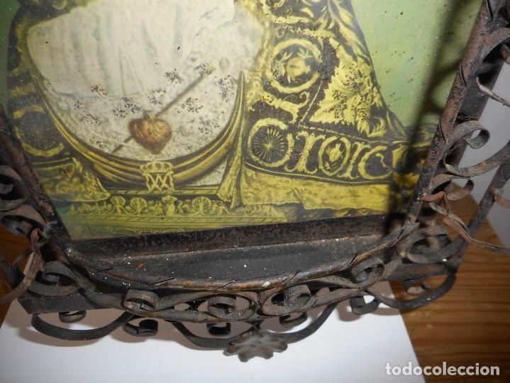 Antigüedades: Ventana o verja con faroles con la Virgen de las Angustias - Foto 5 - 131783594