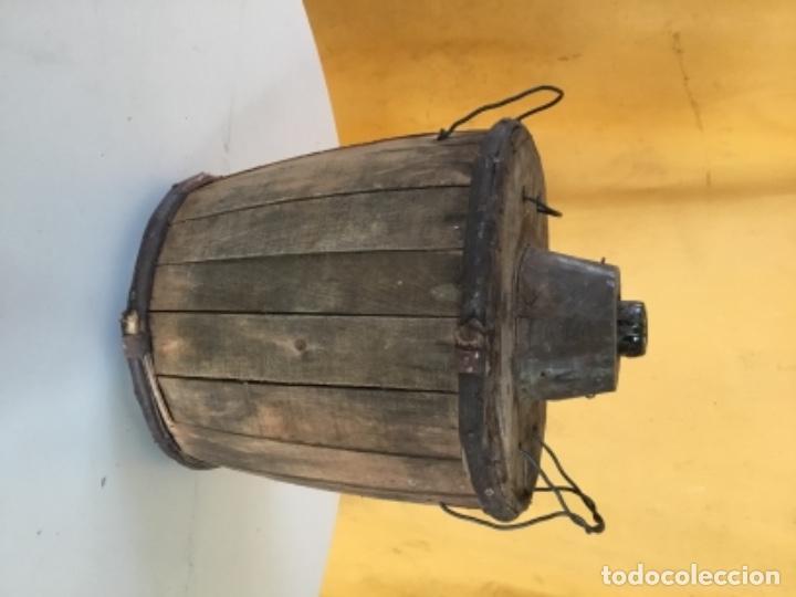 Antigüedades: Damajuana antigua de madera, cristal templado - Foto 2 - 131826086