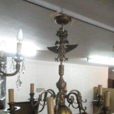 Antigüedades: LAMPARA DE TECHO HOLANDESA - BRONCE - 6 LUCES - DECORACIÓN ÁGUILA - IDEAL COMEDOR, SALÓN - AÑOS 40. Lote 139025638