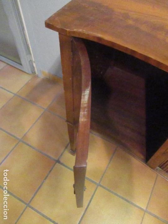 Antigüedades: Antiguo Mueble Aparador - Mesa, Cómoda - Bufet Victoriano, Inglés - Madera Caoba - Forma Curva - Foto 16 - 144070385
