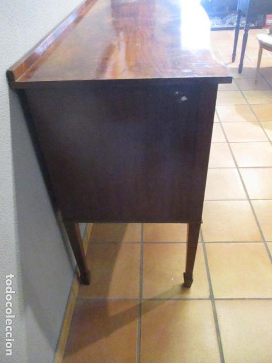 Antigüedades: Antiguo Mueble Aparador - Mesa, Cómoda - Bufet Victoriano, Inglés - Madera Caoba - Forma Curva - Foto 23 - 144070385