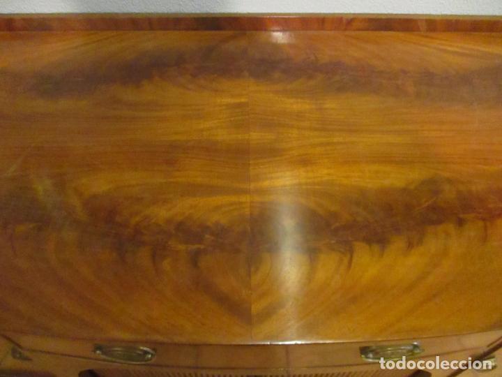 Antigüedades: Antiguo Mueble Aparador - Mesa, Cómoda - Bufet Victoriano, Inglés - Madera Caoba - Forma Curva - Foto 25 - 144070385