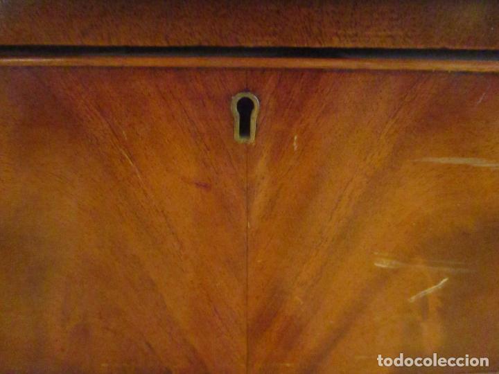 Antigüedades: Antiguo Mueble Aparador - Mesa, Cómoda - Bufet Victoriano, Inglés - Madera Caoba - Forma Curva - Foto 26 - 144070385