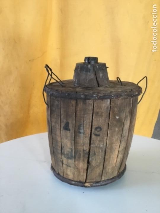 DAMAJUANA ANTIGUA DE MADERA, CRISTAL TEMPLADO (Antigüedades - Hogar y Decoración - Sábanas Antiguas)