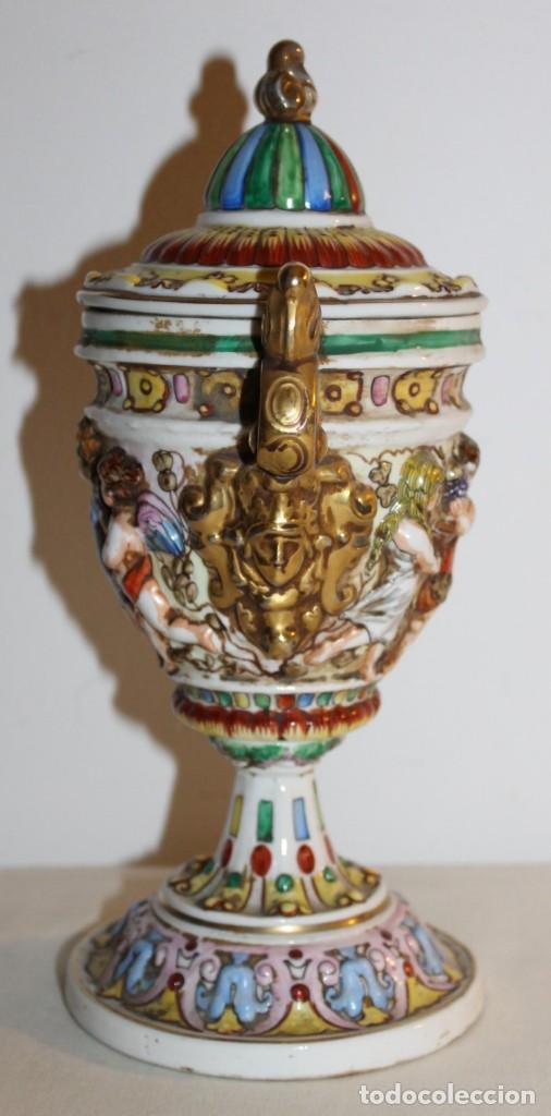 Antigüedades: COPA TIBOR EN PORCELANA ESMALTADA DE CAPODIMONTE CON ESCENAS EN RELIEVE - MEDIADOS DEL SIGLO XX - Foto 9 - 131904182