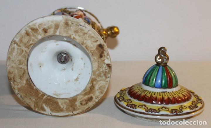 Antigüedades: COPA TIBOR EN PORCELANA ESMALTADA DE CAPODIMONTE CON ESCENAS EN RELIEVE - MEDIADOS DEL SIGLO XX - Foto 11 - 131904182