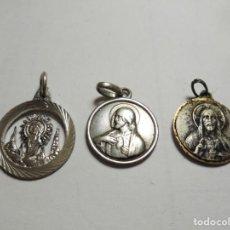 Antigüedades: MAGNIFICAS 3 PEQUEÑAS MEDALLAS DE PLATA RELIGIOSAS. Lote 131927386