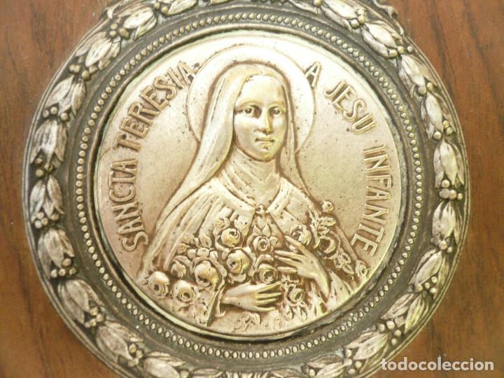 Antigüedades: BENDITERA FRANCESA. CIRCA 1900. SANTA TERESITA DEL NIÑO JESÚS - Foto 4 - 131929302