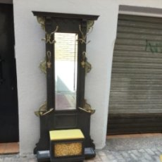 Antigüedades: ESPECTACULAR MUEBLE AUXILIAR PERCHERO- PARAGUERO, RESTAURADO. Lote 131998414