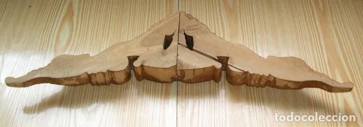 Antigüedades: Antiguo remate de madera tallada. - Foto 3 - 132029182